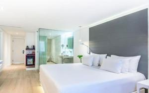 Thumbnail for Top 5 Mexico City's Luxury Hotels to Stay at